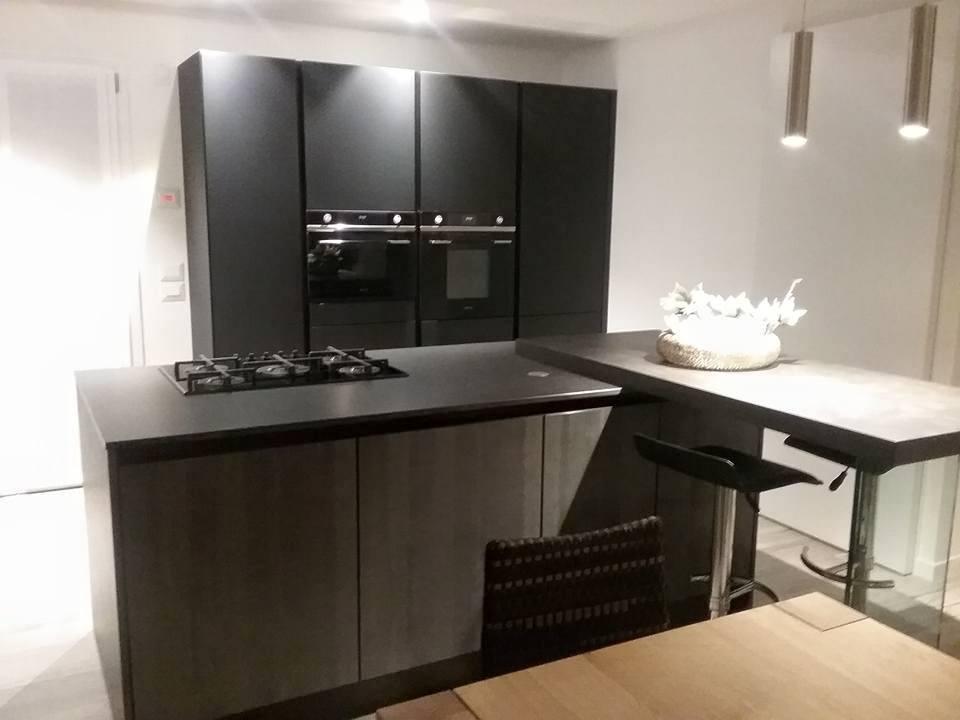 Piano cottura cucina moderna cucinemoderne for Piano cottura cucina