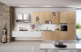 Cucina bicolore per arredare ambiente con gusto - CucineModerne